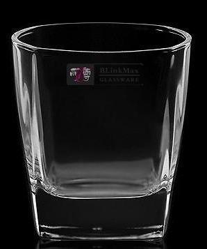 四方形威士忌杯